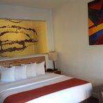 래벌 호텔 이미지