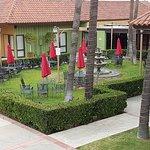 GuestHouse Inn & Suites Norwalk Foto
