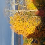 Beautiful fall colors.  Wonderful weekend getaway.  Restaurant terrific.  Will definitely go bac