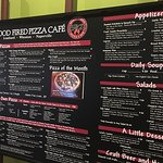 Brick's Wood Fired Pizza resmi
