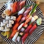 Chef's sushi platter (large)