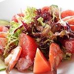 Salade aux scampis