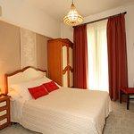 Habitación doble cama de matrimonio con baño