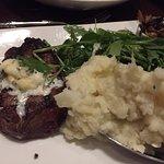 Tommy Bahama Restaurant & Bar Foto