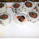 a spicy tuna roll