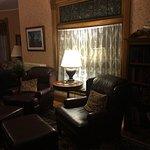 Alternate sitting room