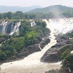 Shivana Samudram Falls