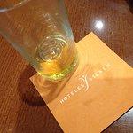 Me encanta tomar un buen licor en la cafetería del hotel. Buen trato y buen producto!!!