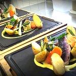 #Plato del dia.... Filet de rouget rôti, asperge verte et velouté de legume #chef