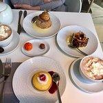 Tarte au citron St Cyr et religieuse café avec un chocolat viennois et une chantilly maison à la