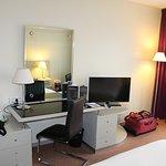 Photo de Garden Beach Hotel