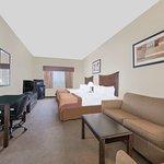 Photo de Baymont Inn & Suites Snyder