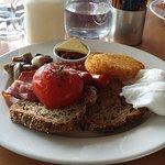 Big Breakfast, loved the grainy toast!