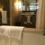 Art Deco Suite. Bathroom