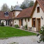 Photo of La Maison de l'Epousee