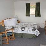 Foto de Burton's Sunset Oasis Motel