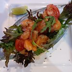 why would the prawn salad with avocado be hot - frozen cooked prawns defrosted in the microwave!