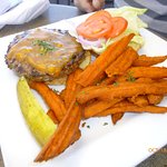Point burger with cheese and sweet potato fries