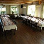 Unserer Saal ... für maximal 70 Personen geeignet, gerne auch Busse (nach Anmeldung)