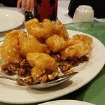 Shrimp with walnuts