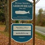 Signpost for Arrowhead.