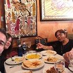He venido con mi amiga y mis padres para que prueben esta maravillosa gastronomía y buffet estup