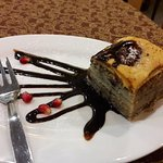 Hot pahlava - walnut cake.