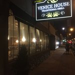 Venice House Traditional Grill