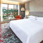 Deluxe Park King Room at Sunway Pyramid Hotel commands view of the theme park
