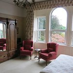 Wonderful Large Front Room - with big windows and chairs
