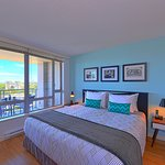 City View Suite / 2 Bedroom 2 Bath / Astoria Building