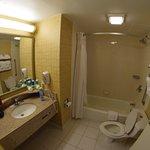 Very clean bathroom with good water pressure & temperature.