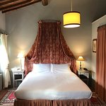 lovely bed and cottage chic