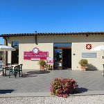 Reception/Wine Tasting Area