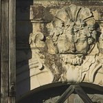 Château (vu des jardins) détail