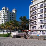 Photo de Sun Tower Hotel & Suites on the beach