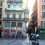 Photo de Hostal Palermo Barcelona