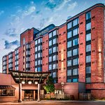 Exterior - Four Points by Sheraton Mississauga Meadowvale