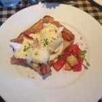 Bartlett Pear Inn - breakfast