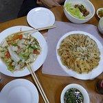 Foto de Mogok Daw Shan Noodle