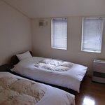 3室とも同じ作りのベッドルームです。