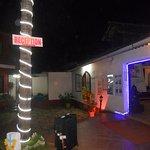 Foto de Paradise Village Beach Resort
