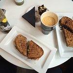 ภาพถ่ายของ Litedark Urbanfood