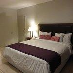 Amplia, limpia y cama cómoda