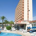 Photo of Cabana Hotel