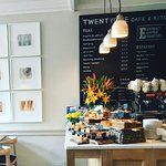Foto de TWENTYONE cafe + kitchen