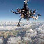 SAUT en parachute , sensation extrême !