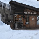 Photo of Hotel Chalet Val de Ruda