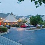 Photo de Residence Inn Charlotte Lake Norman