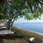 Strand mit Blick auf Java See